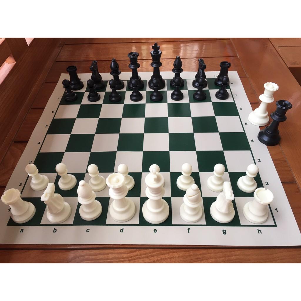 Bộ cờ vua tiêu chuẩn thi đấu quốc tế gồm 4 Hậu – Cờ vua cao cấp quốc tế, thêm 2 Hậu thuận tiện phong cấp