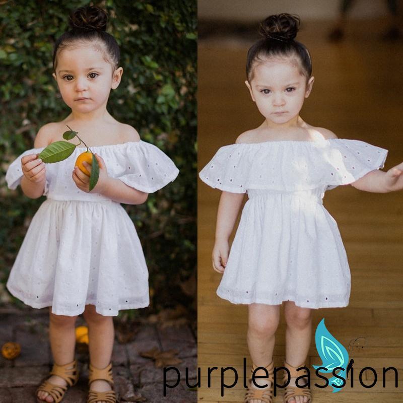 Váy dạ tiệc hở vai màu trắng cho bé gái