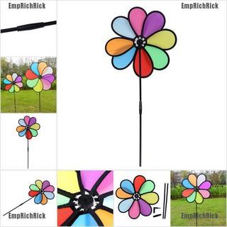 Chong chóng quay hình bông hoa màu sắc cầu vồng dùng để trang trí sân vườn thumbnail