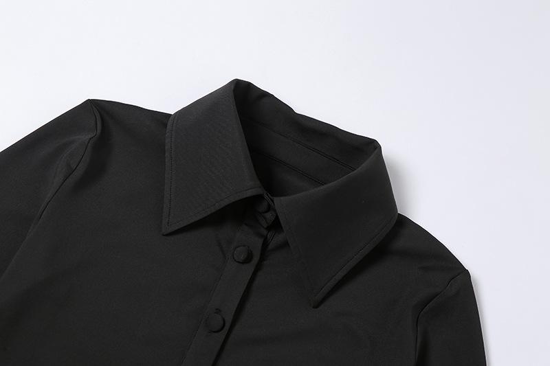 Mặc gì đẹp: Bồng bềnh với Đầm ôm dáng tay dài phối nút thiết kế ôm sát thời trang