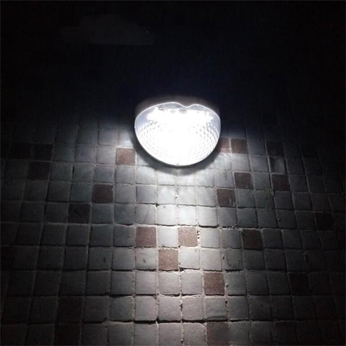 Bộ 5 Đèn Chiếu Sáng Năng Lượng Mặt Trời Tiết Kiệm Điện (Tròn - Ánh Sáng Vàng)