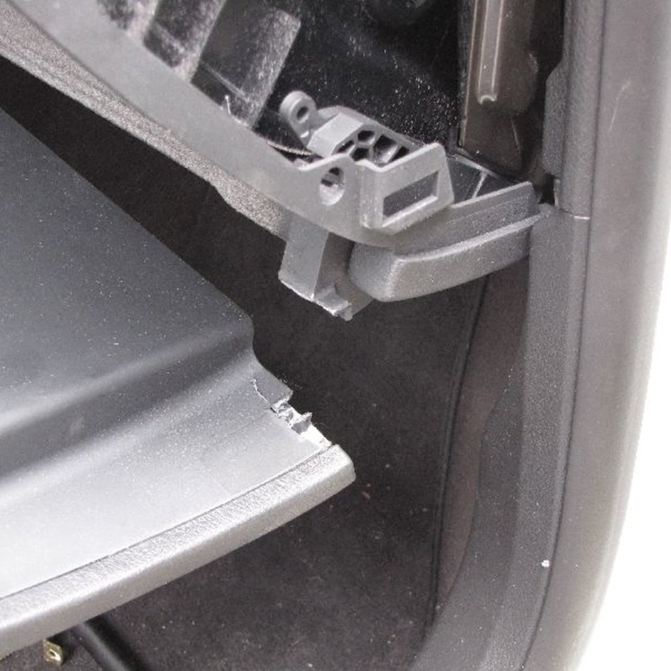 S+1Pair Glove Box Hinge LID Snapped Repair Kit For AUDI A3 A4 S4 B6 B7 2001-2008