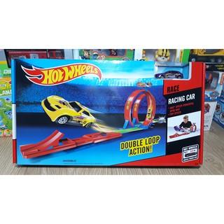 Đồ chơi đường đua hot wheels gồm 1 xe mô hình xe ô tô cho trẻ em