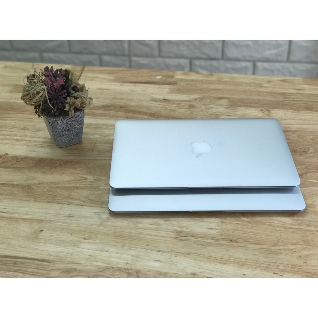 Macbook Ari 2014-2015