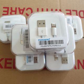 Dây cáp sạc iphone Lightning chính hãng Foxconn iphone 5, 5s, 6, 6s, 6 plus, 6s plus, 7, 7 plus... thumbnail