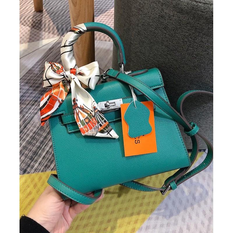 Túi xách khoá bạc size 20 dáng cao(ko hộp)