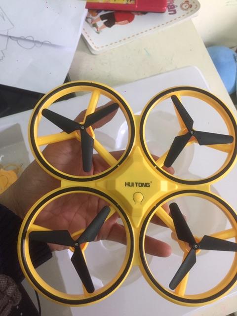 [ XẢ KHO 3 NGÀY] Flycam, Máy Bay 4 Cánh Điều Khiển Theo Cử Động Tay