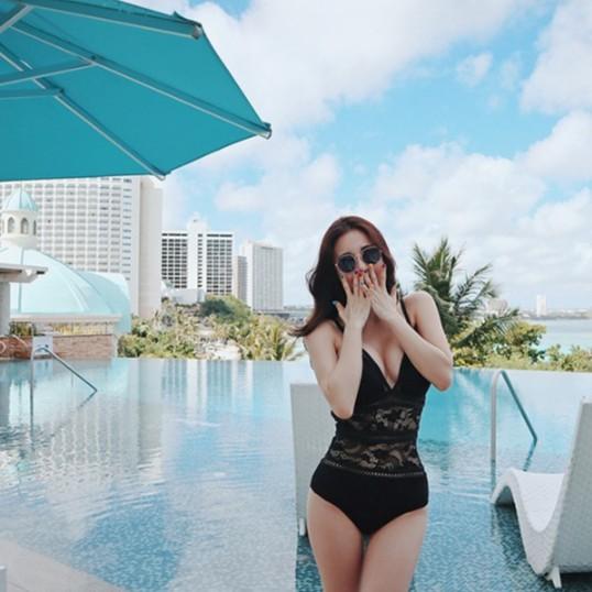 Bộ Đồ bơi đi tắm biển nữ Bikini 1 mảnh (Set Áo liền quần) Rin 18006 - NAM CONY | WebRaoVat