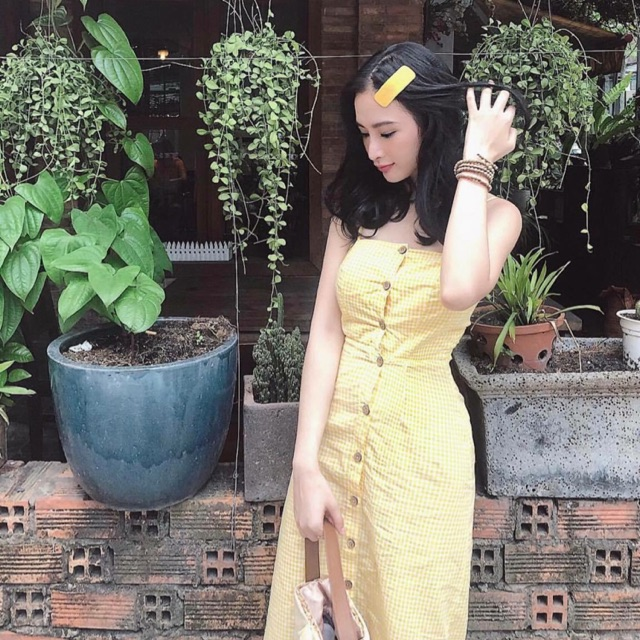 Đầm vàng