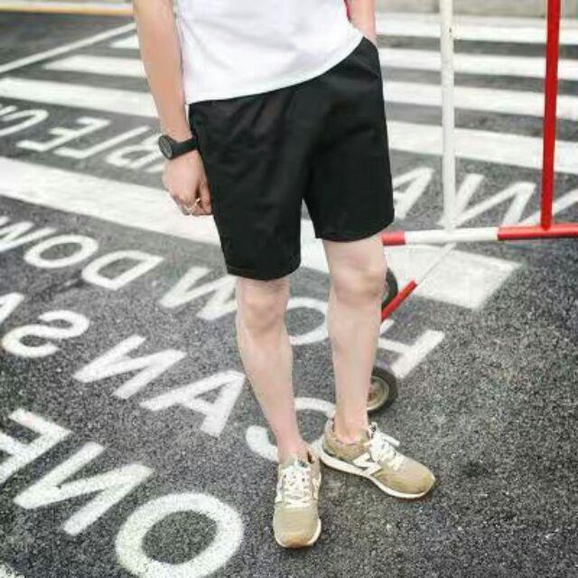 Quần kaki lững nam nữ đều mặc hết