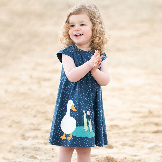 Váy suông họa tiết đàn vịt Little Maven