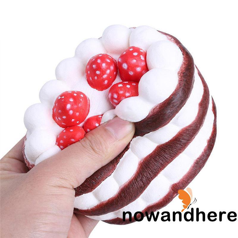 HDA-Stress Reliever Scented Cute Round Slow Rising Bread Strawberry Cake