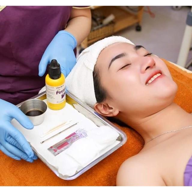 HCM [Voucher]-Điều trị mụn chuyên sâu+Sát khuẩn điện tím HF+Ánh sáng sinh học