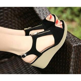 [Mã FASHIONGREEN94 giảm 10% tối đa 30k đơn từ 99k] Giày sandal cao gót đế xuồng 9cm dây kéo đen thumbnail