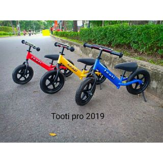 Xe thăng bằng tooti pro 2019