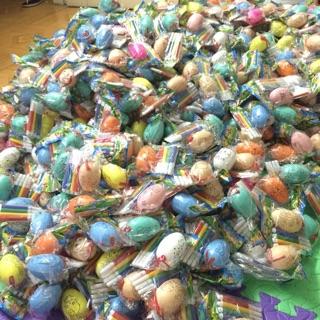 Combo sỉ 100 trứng tô màu kèm bút