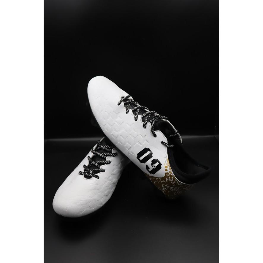 THANH LÝ - Giày bóng đá AG 09