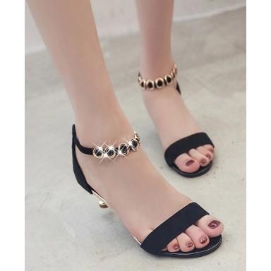 Giày cao gót nữ dây quai đính kim loại có khóa kéo sau gót tiện lợi - 3612092 , 1066831299 , 322_1066831299 , 265000 , Giay-cao-got-nu-day-quai-dinh-kim-loai-co-khoa-keo-sau-got-tien-loi-322_1066831299 , shopee.vn , Giày cao gót nữ dây quai đính kim loại có khóa kéo sau gót tiện lợi