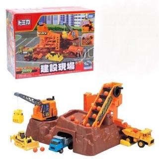 Bộ đồ chơi Takara Tomy công trường xây dựng