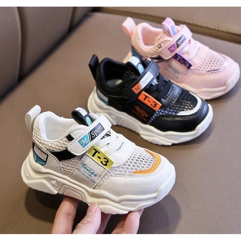 FREESHIP ĐƠN 50K_Giày Sneaker Cho Bé Trai Bé Gái Quai Dán 1 đến 5 tuổi T-3