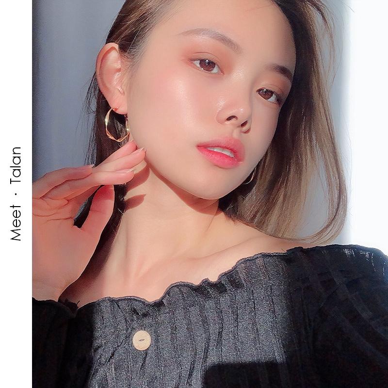 Đôi Bông Tai Khoen Tròn Thời Trang Nữ Hàn Quốc