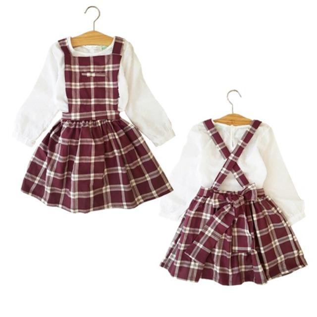 Set váy yếm caro + áo xô bé gái