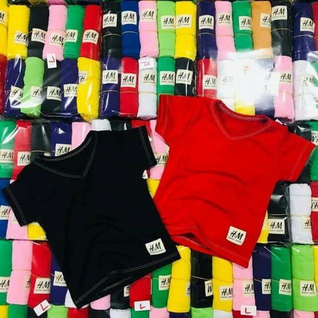 Com bo 25 áo HM của  khách hàng cotton  2c. Kho sẵn sô lượng  lớn . Ri 5 cho trẻ  từ  8-18 kg tre từ  1 đến 5 tuổi  nhé