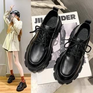 Giày bốt đế dày phong cách Hàn Quốc sành điệu cho nữ thumbnail