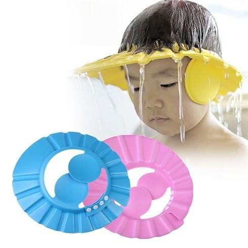 Mũ chắn nước an toàn cho bé khi tắm