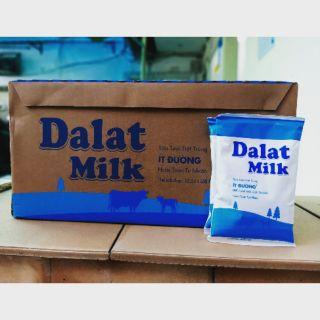 1thùng sữa ít đường của đà lạt milk 220ml