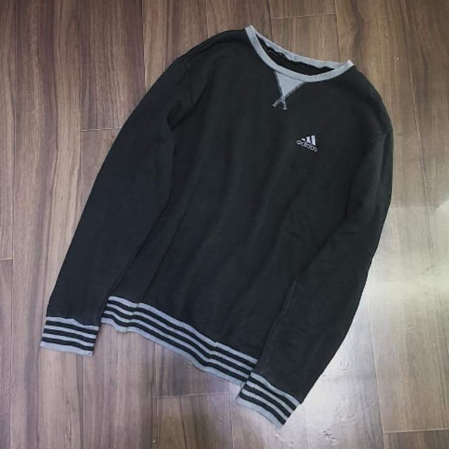 SWEATER 2HAND - 14021483 , 1667699697 , 322_1667699697 , 247000 , SWEATER-2HAND-322_1667699697 , shopee.vn , SWEATER 2HAND