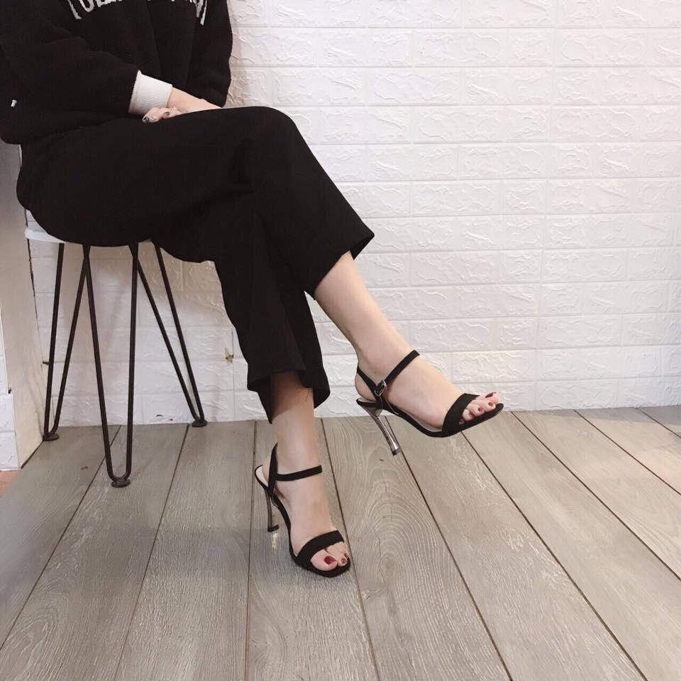[Mã FASHIONGREEN15 giảm 10% tối đa 30k đơn từ 99k] Giày sandal nữ gót đồng cao 9p sang chảnh mã Q109