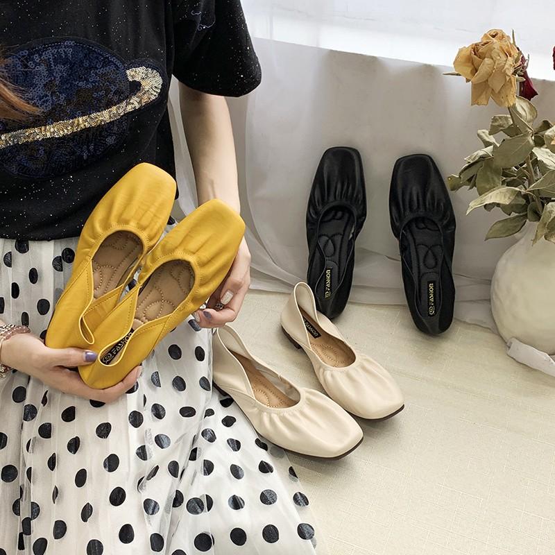 Đôi giày bít mũi vuông đơn giản thời trang cho nữ - 14244554 , 2490803772 , 322_2490803772 , 332520 , Doi-giay-bit-mui-vuong-don-gian-thoi-trang-cho-nu-322_2490803772 , shopee.vn , Đôi giày bít mũi vuông đơn giản thời trang cho nữ
