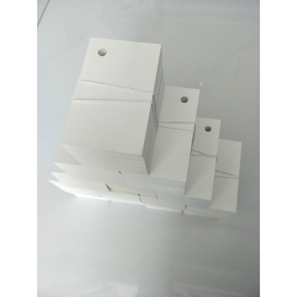 combo1000 thẻ flashcard trắng kích thước 5x8cm vuôngCông dụng: Dùng để học Tiếng Anh, Tiếng Nhật, Tiếng Hàn, Tiếng Trung