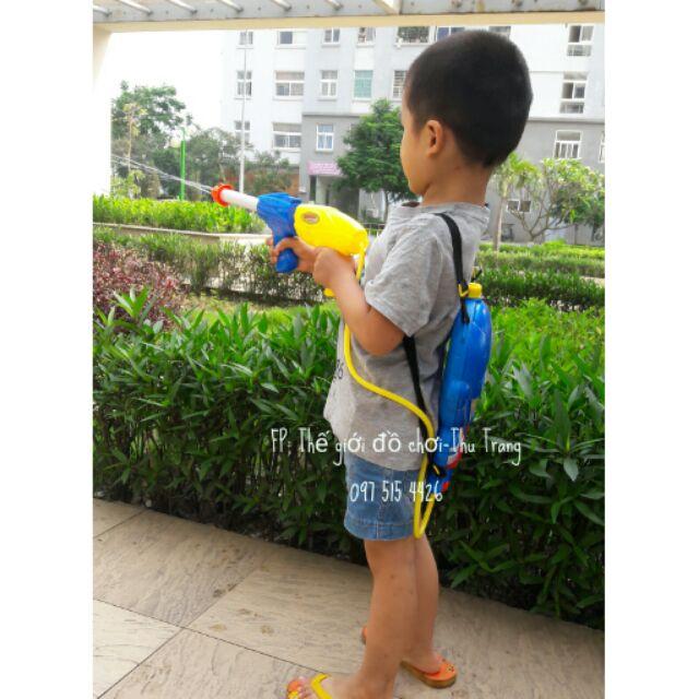 Bộ đồ chơi súng nước có balo đựng nước