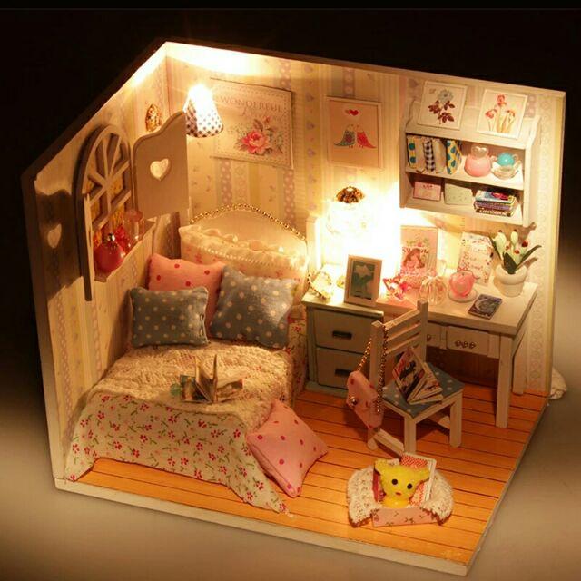 Mô hình nhà gỗ búp bê dollhouse DIY - M013 Adabede'room