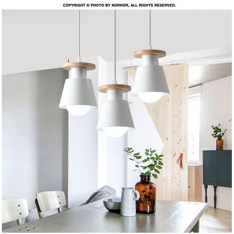 đèn treo tường trang trí nội thất phong cách hiện đại