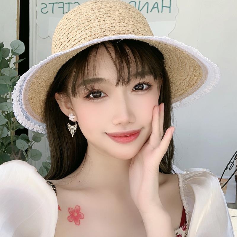 Bông Tai Mạ Bạc 925 Hình Bông Hoa Đính Đá Phối Tua Rua Xinh Xắn
