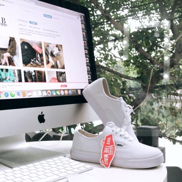 Giày Vans classic màu trắng