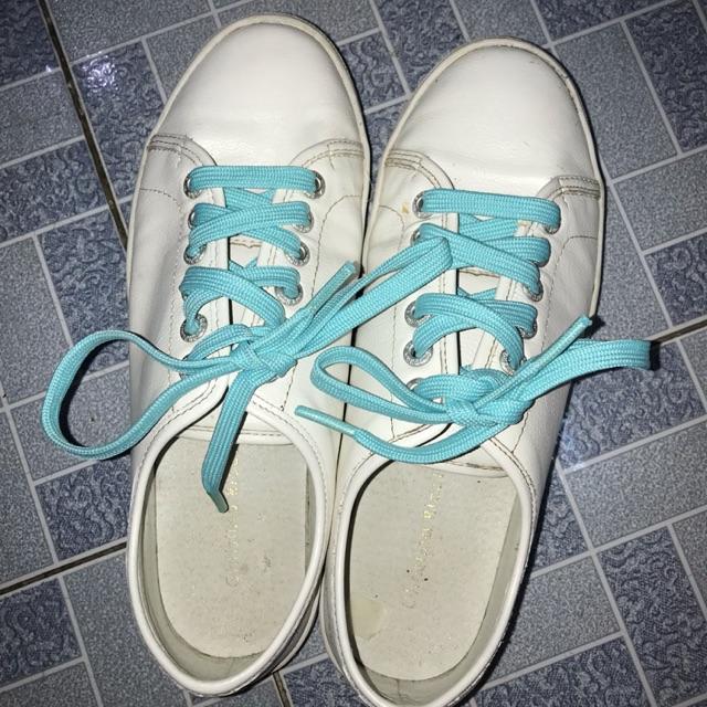 Giày bata trắng chất ngất si