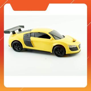 [CÓ SẴN] Xe ô tô điều khiển từ xa cho bé yêu (Nhiều màu) – Tặng kèm 6 pin