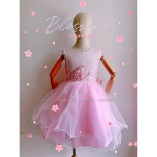 Đầm sát nách công chúa cao cấp, dạ hội, dự tiệc, bé gái 4 lớp voan kết ren phối lưới thêu hoa và đính hột giữa, màu hồng