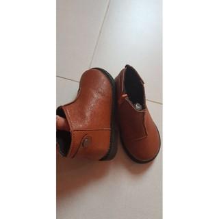 Giày bốt da cực mềm size 23 dài chân 16,5 cm thanh lý