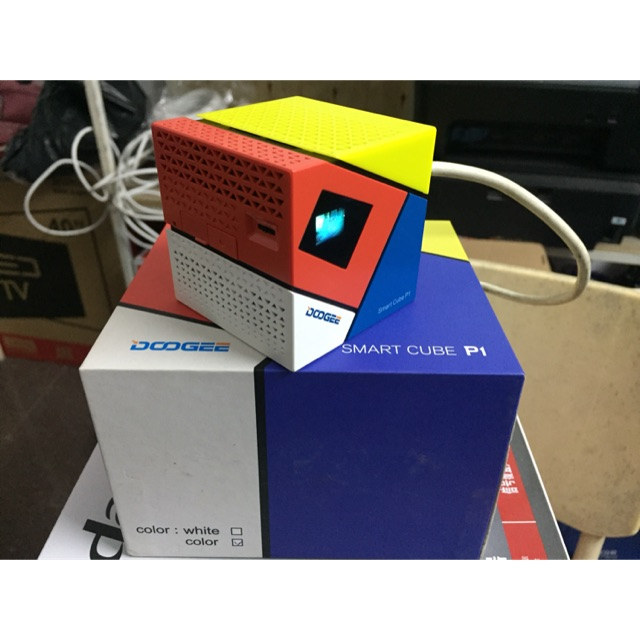 Máy chiếu mini Smart Doogee Cube P1 Giá chỉ 4.750.000₫