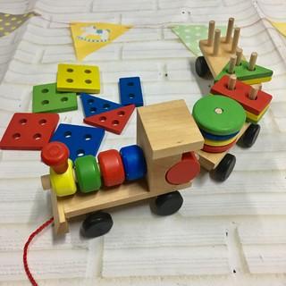 Bộ đồ chơi đoàn tàu thả cọc gỗ hình khối