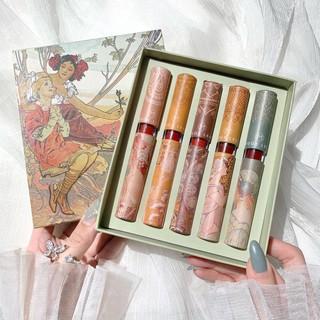 Set son cổ trang MUGE LEEN gồm 5 cây tone đỏ . Mang phong cách Phương Tây thời Xưa, đang rất Trend, tặng kèm 1 băng đô thumbnail