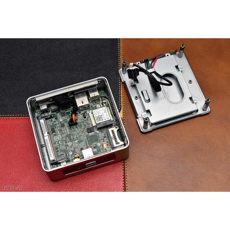 Miễn phí ship toàn quốc 99k_ Máy Tính để bàn mini Intel NUC Giá chỉ 2.750.000₫