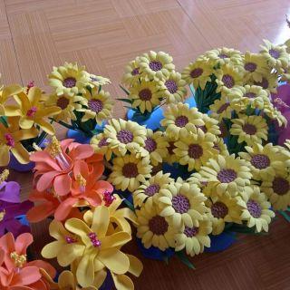 Hoa khóm chơi góc
