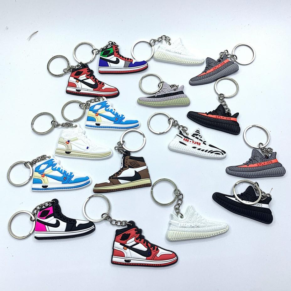 Móc khoá sneaker