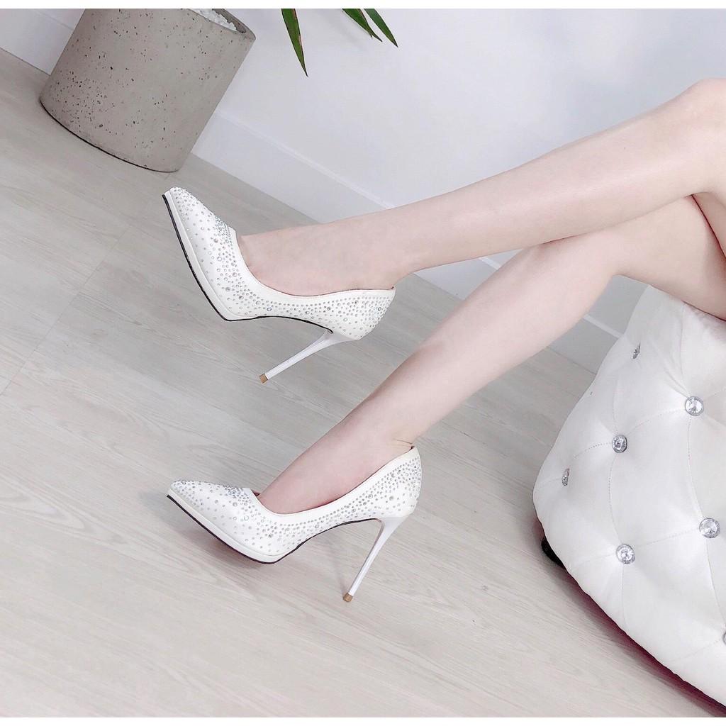 giày bít mũi đính đá - 98521